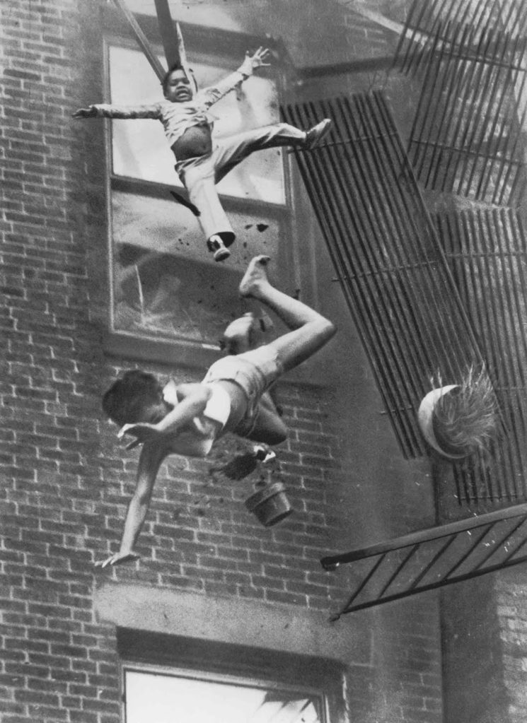 Stanley Forman's famous photo Woman Falling From Fire Escape |1975