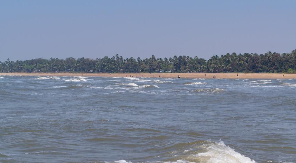 Topmost beaches of Mumbai to visit: Aksa Beach