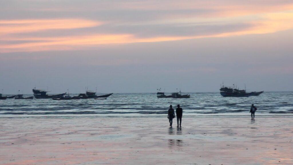 Topmost beaches of Mumbai to visit: Gorai Beach