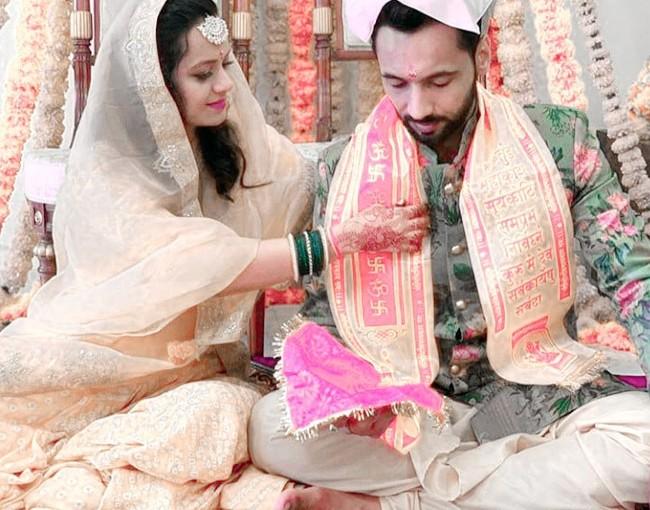 Punit and Nidhi wedding images